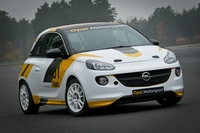 Opel Adam rally & Astra OPC Cup